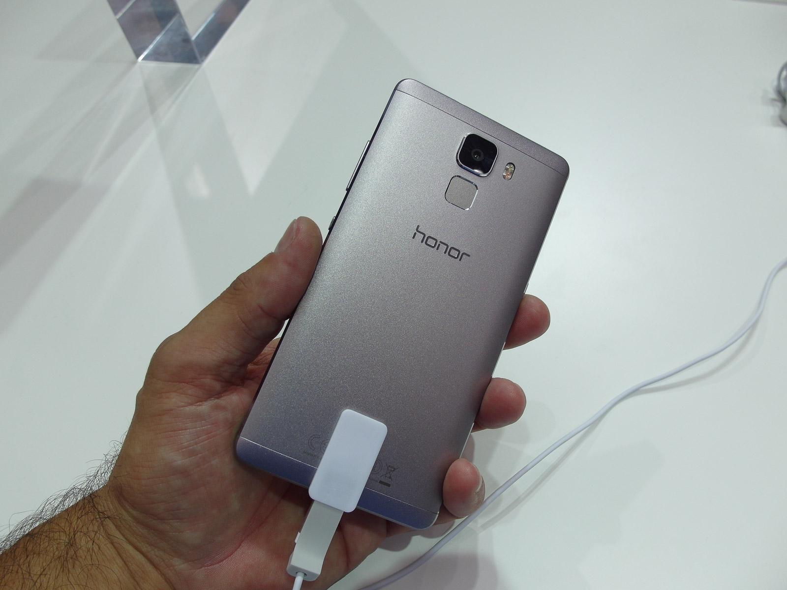 huawei_honor_7_smartphone_003