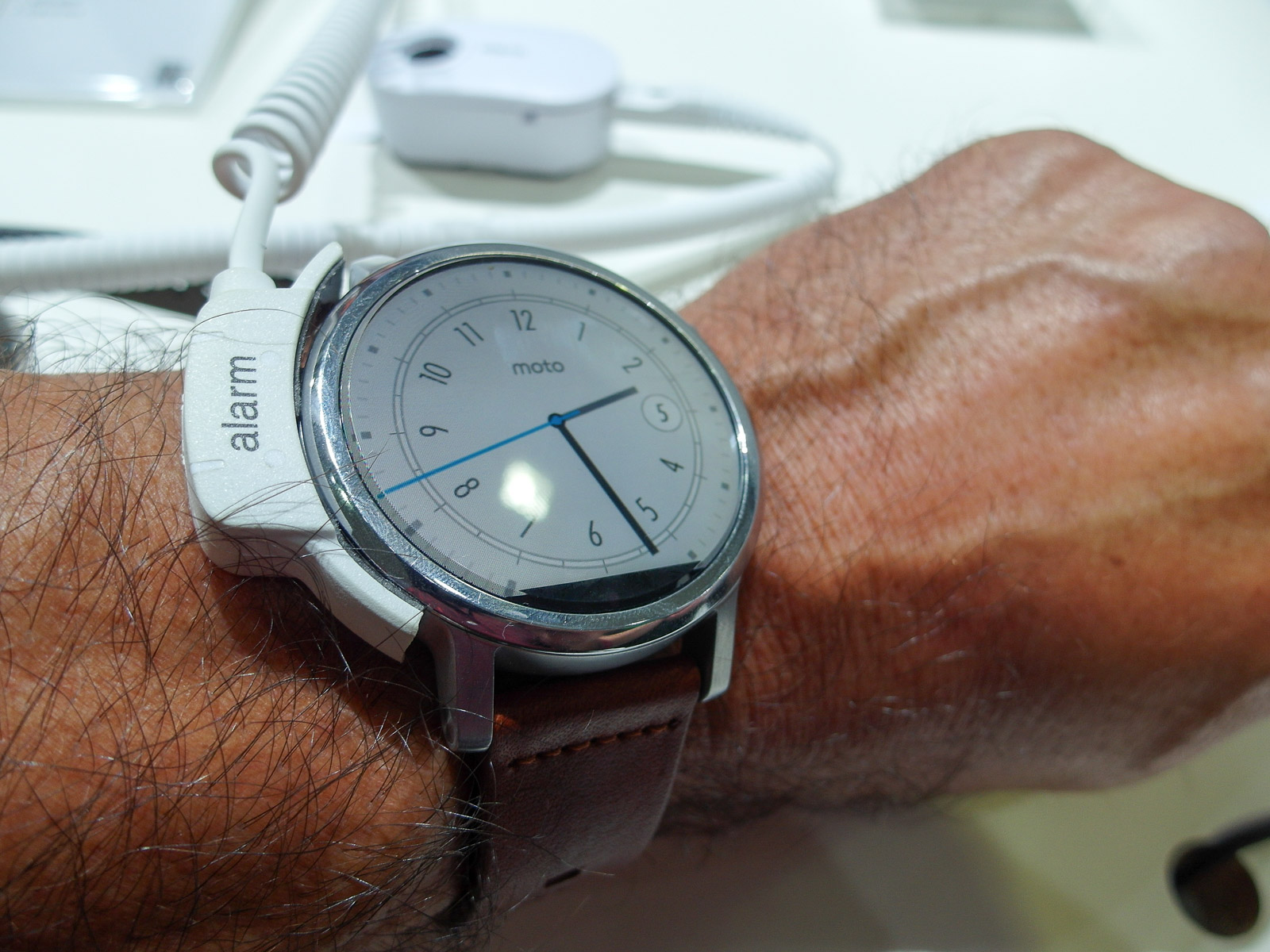 <h1>New Moto 360 Smartwatch</h1> <h2>IFA 2015 SmartHomeConsult Report</h2>